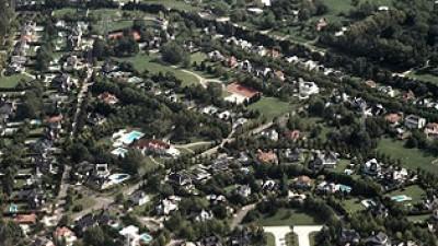 Con un drone detectaron 150 casas sin declarar en countries de Brandsen