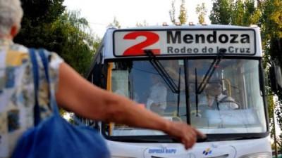 """La Ciudad de Mendozalanzó una aplicación para saber """"Cuándo Viene"""" el micro"""