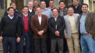 La Rioja: Intendentes ratificaron su alineamiento con la 'Casa de las Tejas'