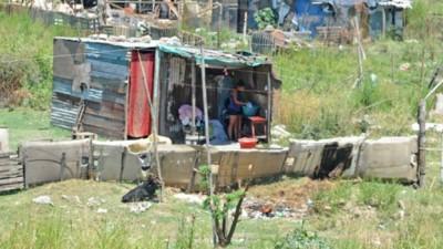 En Rosario vive en asentamientos el doble de familias que en Córdoba