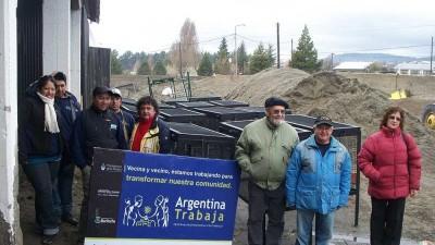 Bariloche: Cooperativa fabricó cestos de residuos para proyecto comunitario