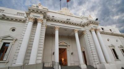 Polémica en el Senado Santafesino por subsidios nacionales que sólo van a comunas del PJ