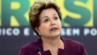 Dilma Rousseff piensa en su segundo mandato y prevé una regulación económica de los medios