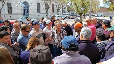 Municipales de Saavedra deciden hoy si vuelven o no al paro