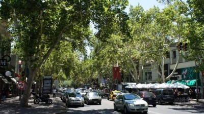 Tres soluciones baratas y eficientes para mejorar el transporte en Mendoza