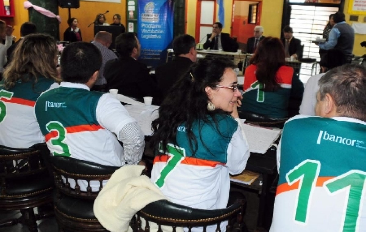 Río Cuarto: En una colorida sesión, se oficializó el contrato con el Banco Ciudad