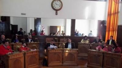 Concejalde Concordiapropone que todos los funcionarios municipales presenten su declaración jurada y que sea pública