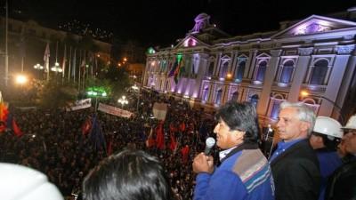 Abrumador triunfo de Evo Morales en Bolivia
