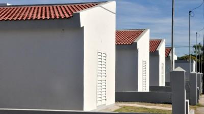 Córdoba: En el departamento San Justo entregaron nuevas viviendas de planes municipales