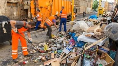 Ciudad alemana empleará a adictos a droga y alcohol para limpiar calles