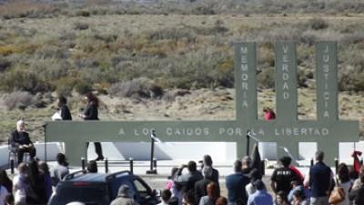"""""""Los peones de la tierra tenían razón"""", dijo Bayer al recordar la """"Patagonia Trágica"""""""