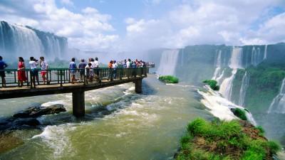 Proyectan récord de turistas extranjeros en Argentina