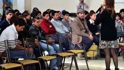 Estudiantes de 20 colegios de San Martín forman un Concejo Deliberante