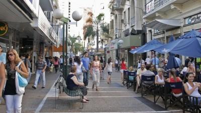 Apoyan una ley en Santa Fe para centros comerciales a cielo abierto