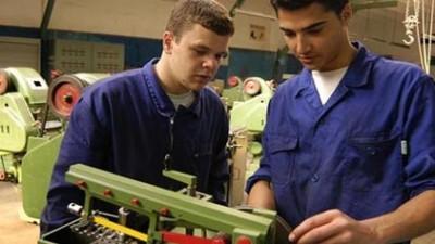 Insertan a jóvenes en el mercado laboral de Neuquén