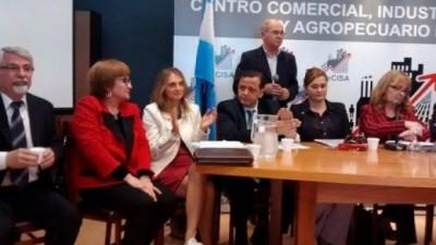 En Río Tercero quieren prohibir en la publicidad oficial el nombre y logo del intendente