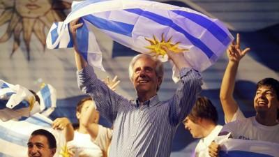 Uruguay: el candidato más votado impulsa la ley de medios
