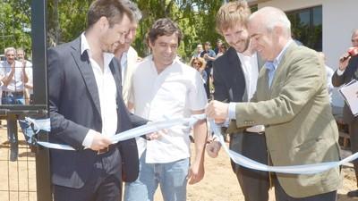 Autoridades y empresarios inauguraron el primer parque industrial de Balcarce