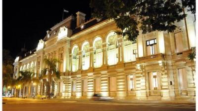 Santa Fe: Provincia no asistirá a Municipios para el pago de bonos navideños