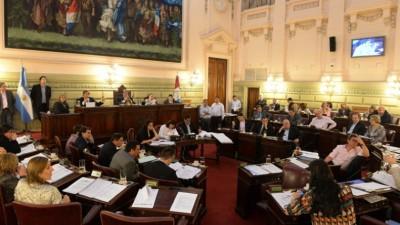 """Santa Fe: Diputados sancionó sobre tablas la ley de """"descanso dominical"""" en la provincia"""