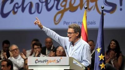 El presidente catalán propuso elecciones con lista única para separarse de España en 18 meses.