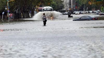 """Buenos Aires: """"Récord de lluvias"""", 5 mil evacuados y 19 municipios afectados"""