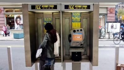 Nueva York planea cambiar teléfonos públicos por Wi-Fi