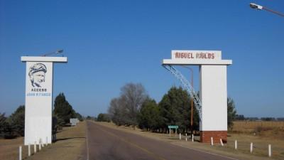 Entregan viviendas en Miguel Riglos