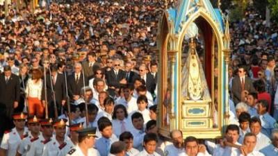Tradicional procesión en Catamarca por la Virgen del Valle