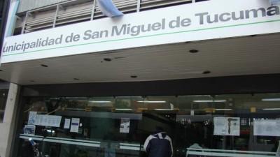 El Intendente de Tucumánrubricó ascensos para 2.300 municipales