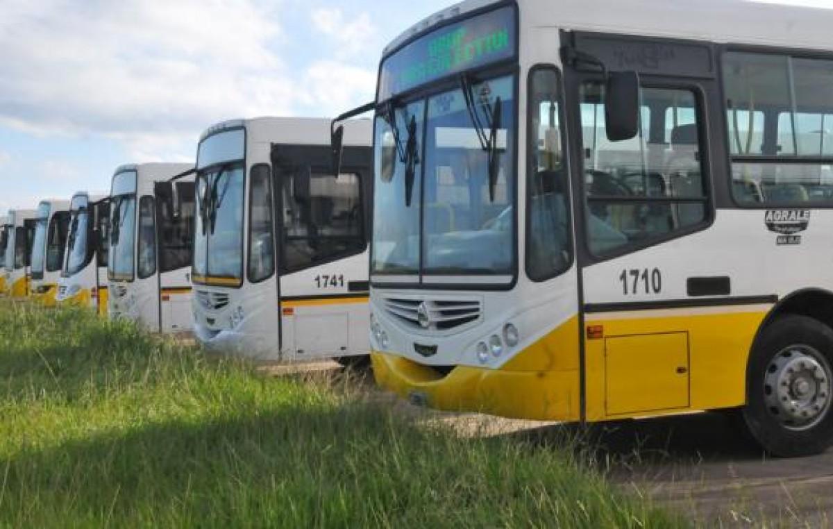 La Municipalidad de Bariloche suma críticas por la contratación de Autobuses Santa Fe