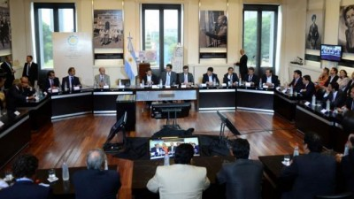 La Presidentafirma otra refinanciación de deudas con 17 provincias
