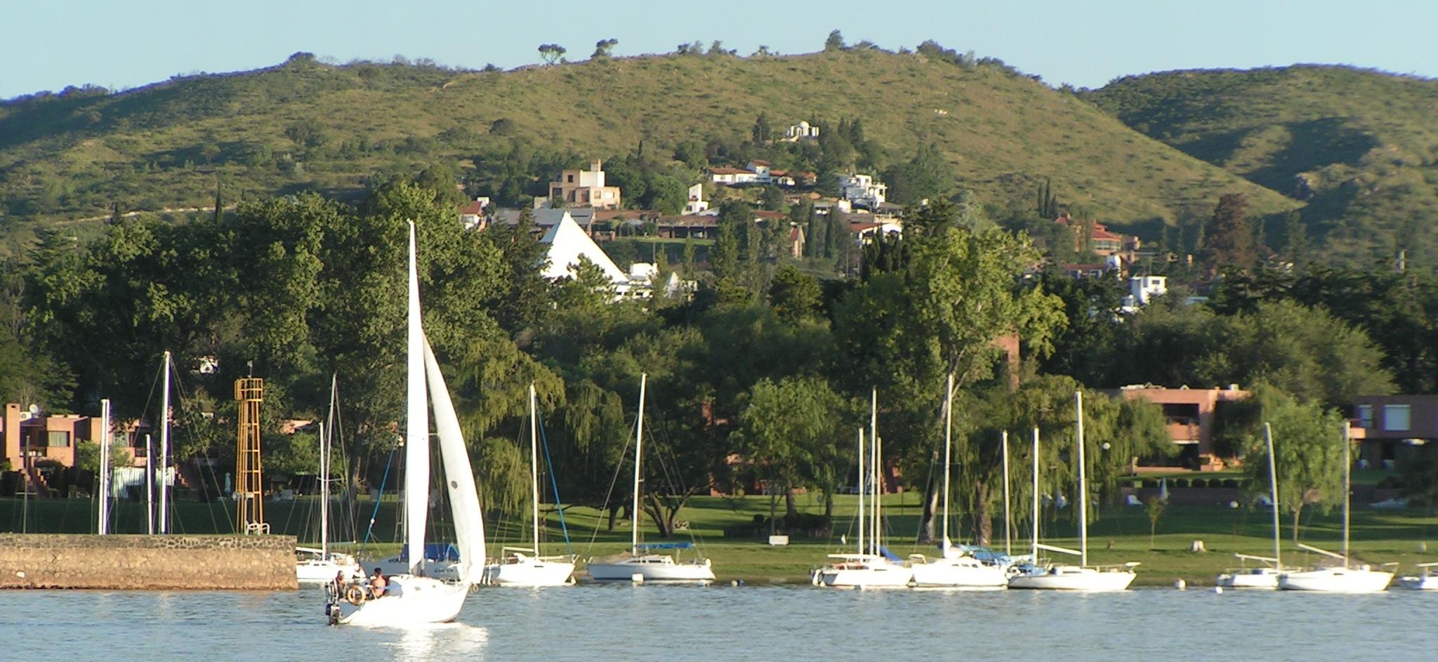 Villa Carlos Paz Argentina  city photos : Carlos Paz recibió 100 mil turistas más que en la primera quincena ...