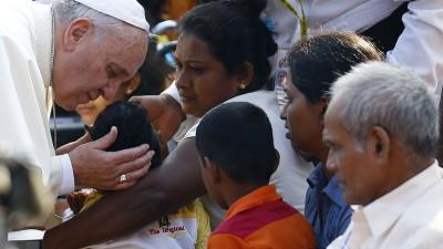 Francisco: Es un deber escuchar la voz de los pobres