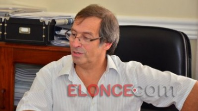 Ministros de ocho provincias alientan un techo del 25% en las subas salariales