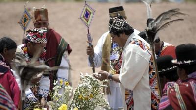 Evo Morales será investido como líder de los pueblos indígenas