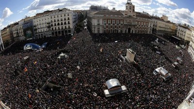 Con una multitudinaria marcha en Madrid, Podemos clamó por el cambio