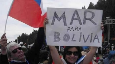 Organizaciones sociales de Chile exigen salida soberana al mar para Bolivia en La Moneda