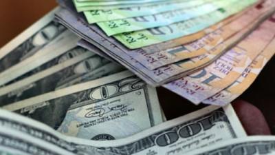 Después de 12 años los Venezolanos pueden comprar dólares en efectivo