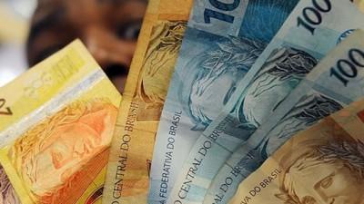 El real se devalúa: Acumula una caída de 8,5% en lo que va del año