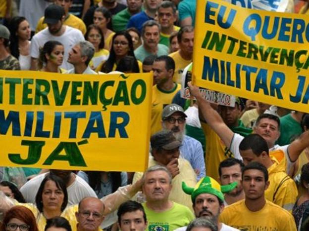 150315232132_sp_protesta_brasil_624x351_afp.jpg_35960795