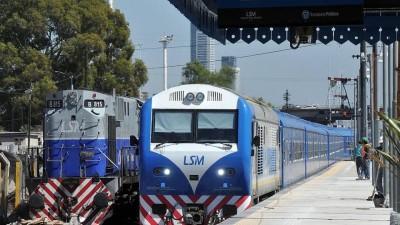 Los gremios ferroviarios respaldaron y calificaron de «histórico» el anuncio de reestatización de los trenes
