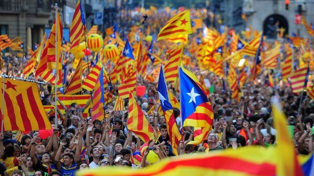 Secesionistas. Catalanes reclaman el derecho a decidir su futuro.