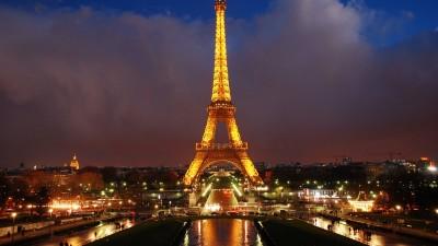 La Torre Eiffel generará energía eólica