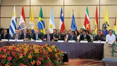 Los cancilleres de la Unasur se reúnen en Quito para debatir la situación entre Venezuela y Estados Unidos