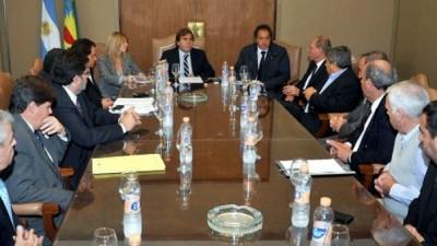 Scioli y los Intendentes radicales limaron asperezas sobre las asignaciones de fondos