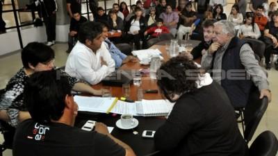 Continúa el conflicto municipal en Río Gallegos