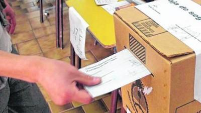23 municipios de Río Negro votan este domingo