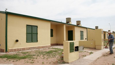 Llaman a licitación para construir 2.000 viviendas en La Pampa