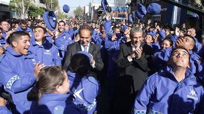Scioli encabezó en Avellaneda el egreso de la segunda promoción de la Policía Comunal